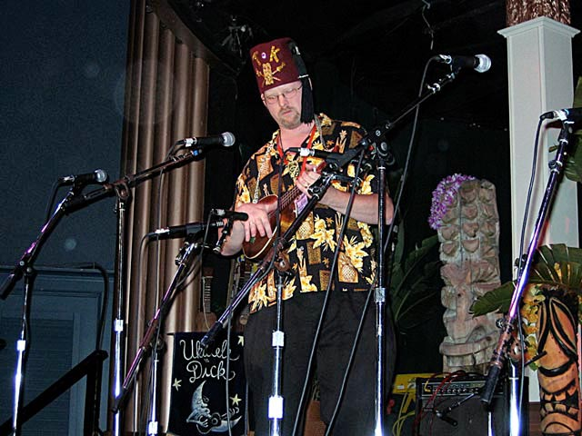 Tiki King at UkeFest west