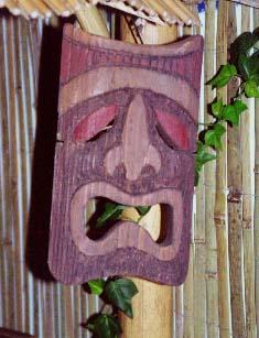 Tiki Mask 1, a carving by Tiki King