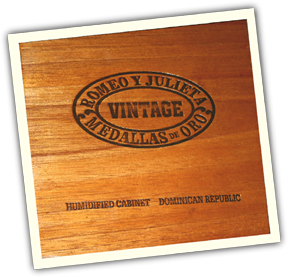 Tiki King custom cigar box Ukulele back