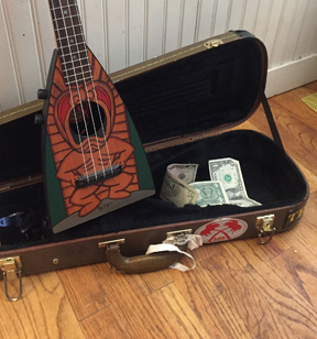 Tiki King uke case with tips