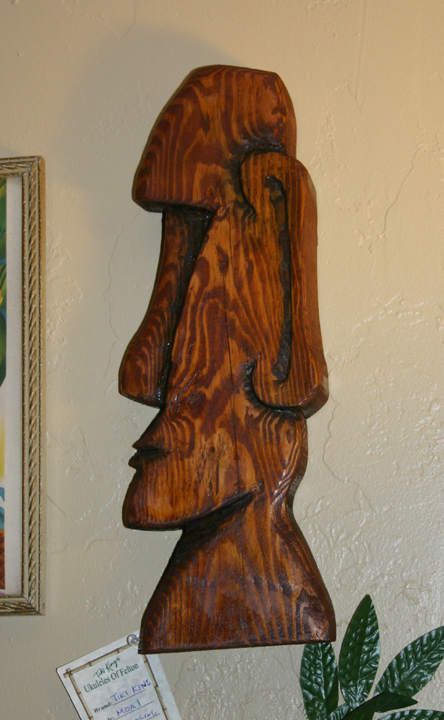 Witco style Moai carving by Tiki King